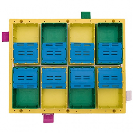 8X8-section-beehive-top-view-feeders